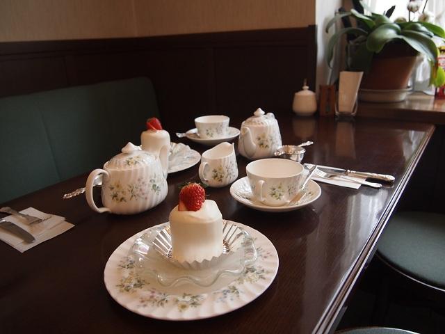 店内・喫茶スペース