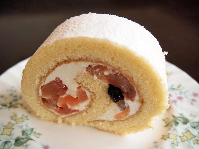 紅玉りんごのロールケーキ