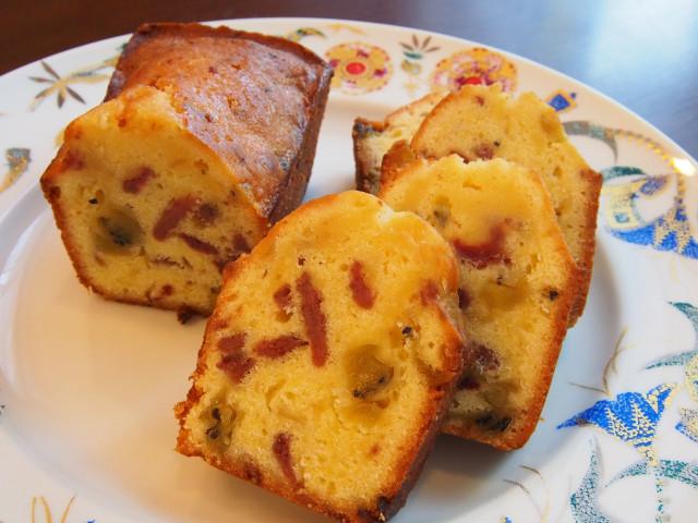 パウンドケーキ(イチゴ&キウイ)
