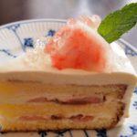 ももとルバーブのケーキ